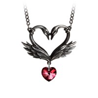 P773 - The Black Swan Romance Necklace